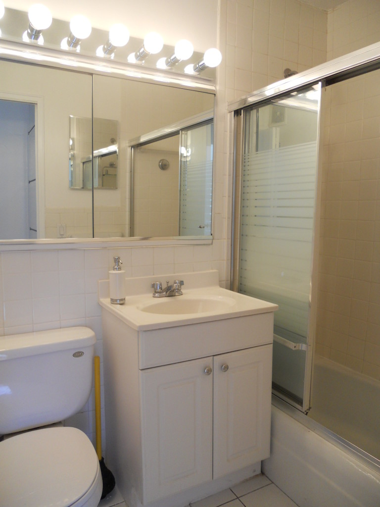 155 West 68th Street 524 Bathroom