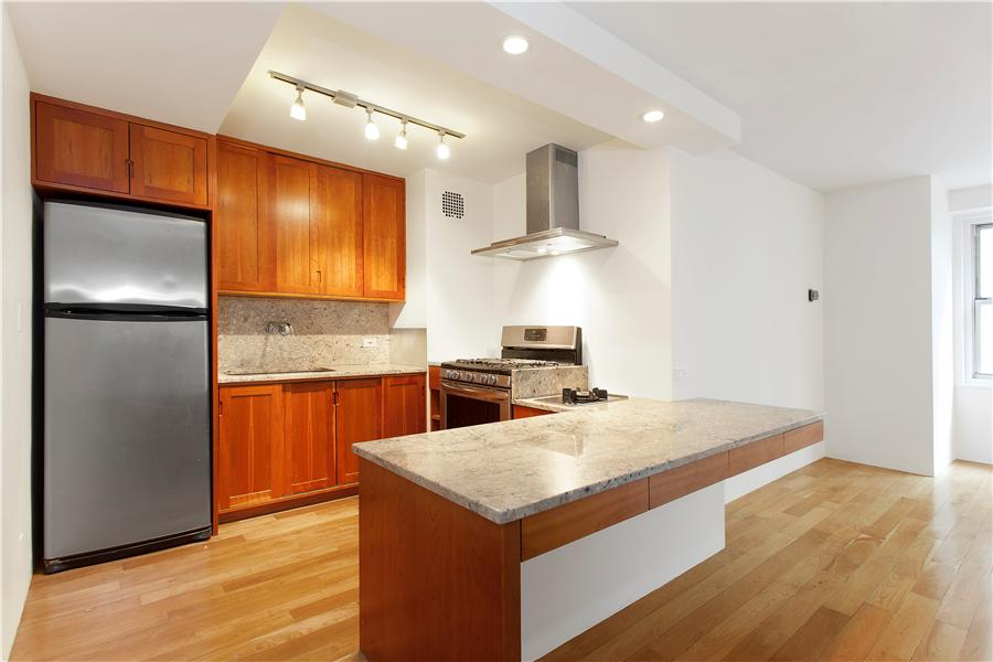 155 West 68th Street_kitchen